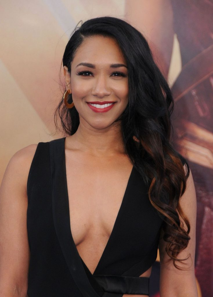 Candice Patton Hot Boobs Showing Pics