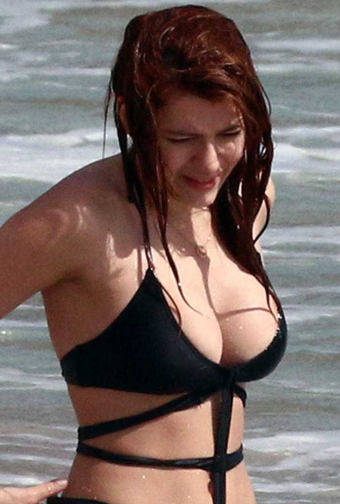 Elena Satine Hot Boobs Showing Images