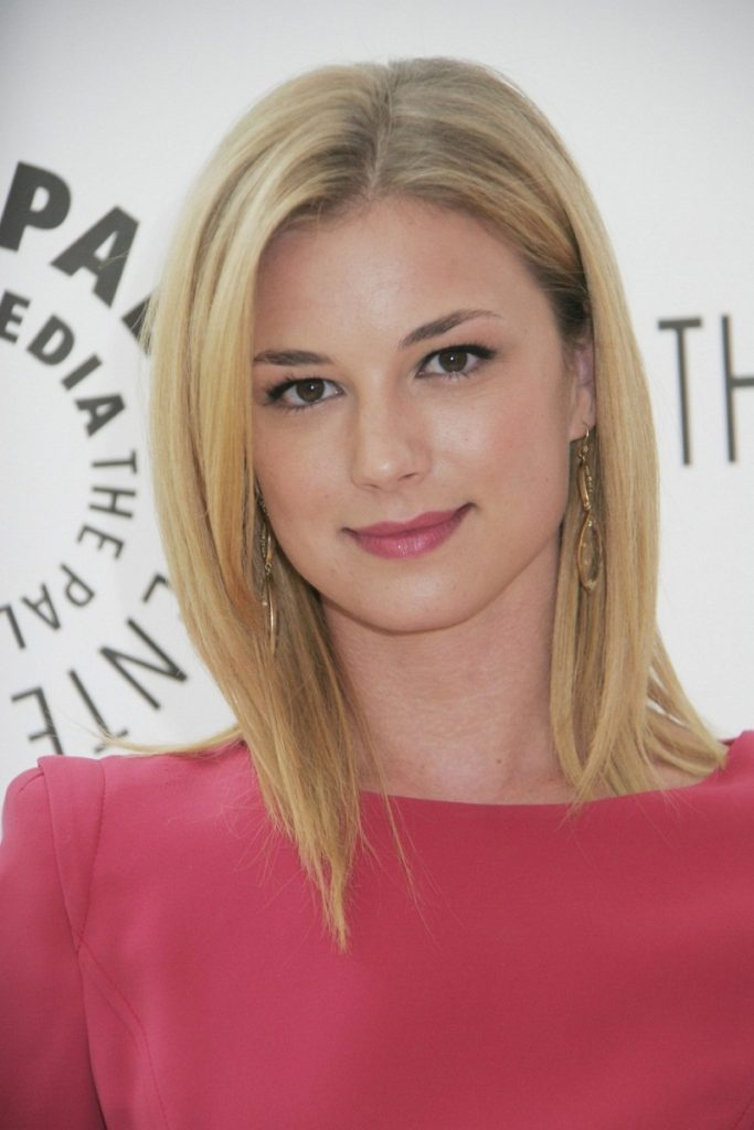 Emily VanCamp Cute Images