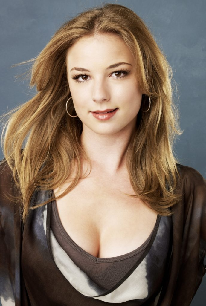 Emily VanCamp Photos Free Download