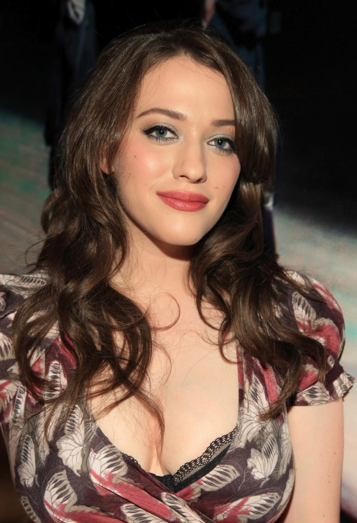 Hollywood Actress Kat Dennings Pics