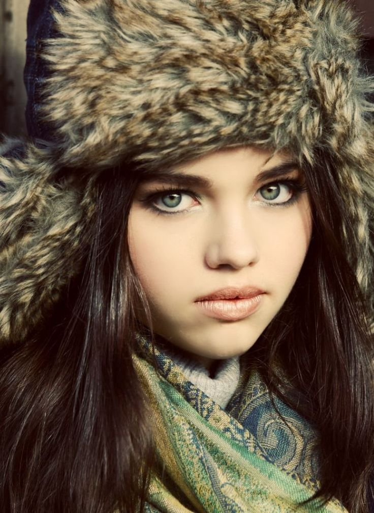 India Eisley Unseen Wallpapers