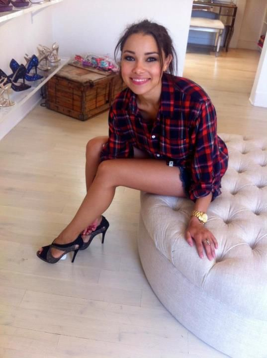 Jessica Parker Kennedy New Look Photos