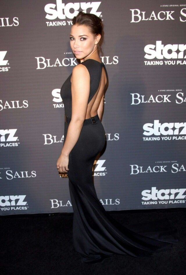 Jessica Parker Kennedy Photso Gallery In 2018