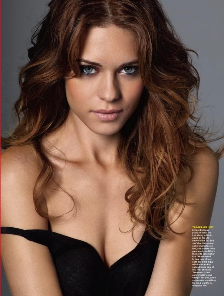 Lyndsy Fonseca Attractive Pics