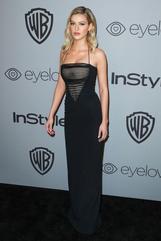Nicola Peltz Beautiful Wallpapers At Event