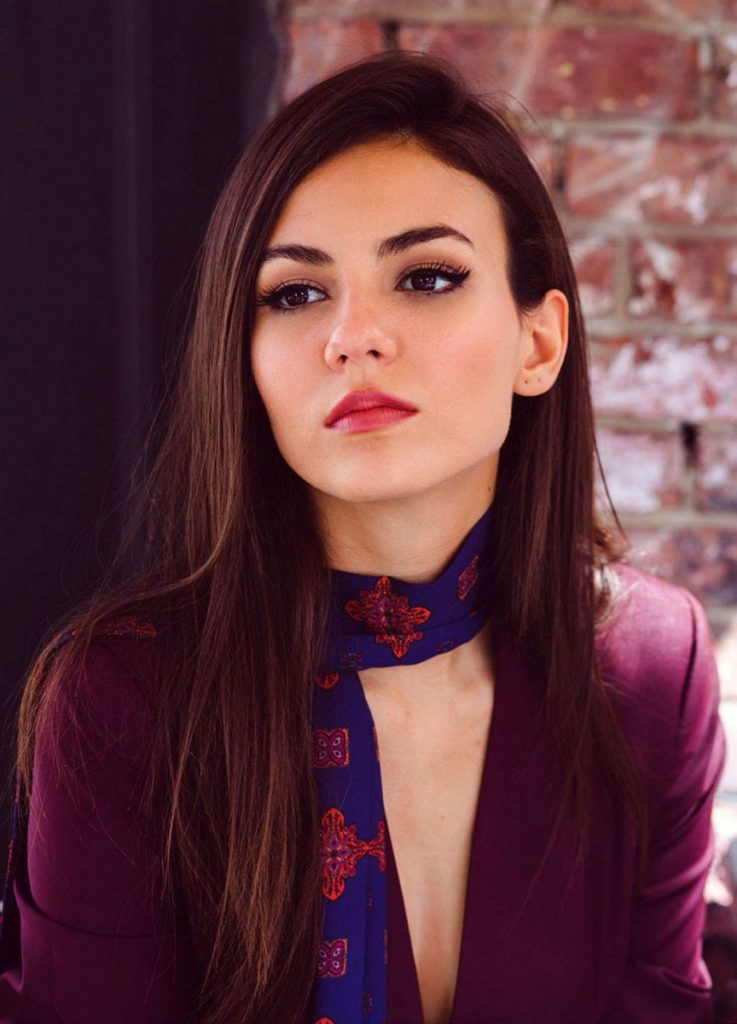 Victoria Justice New Look Wallpapers