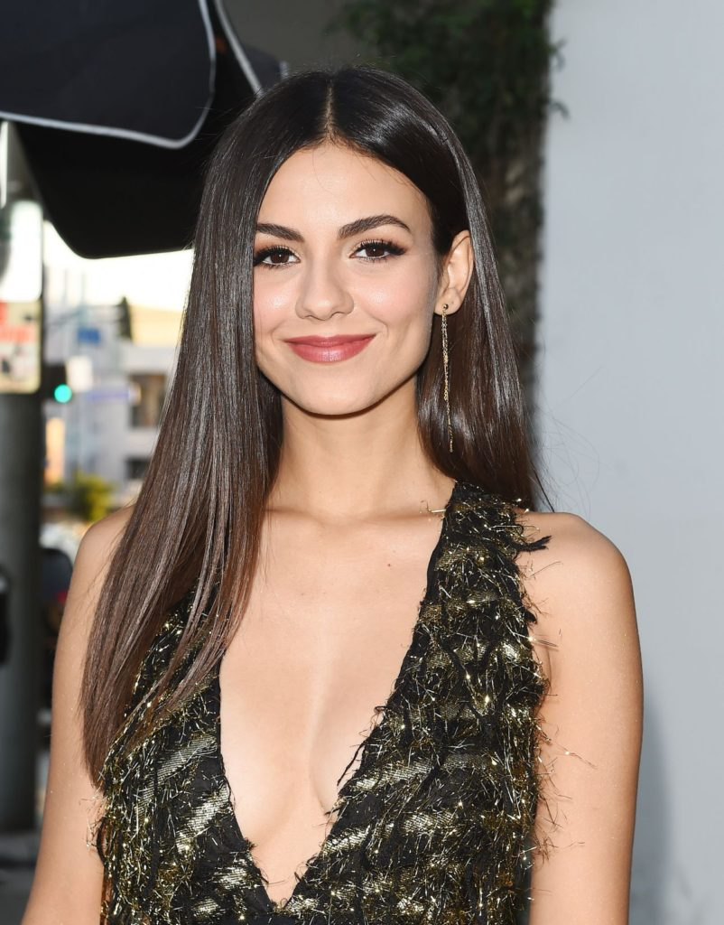 Victoria Justice Photos For Desktop