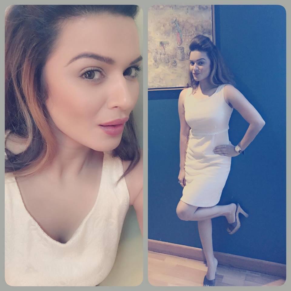 Aashka Goradia Hot Bold Pics In Jeans Top