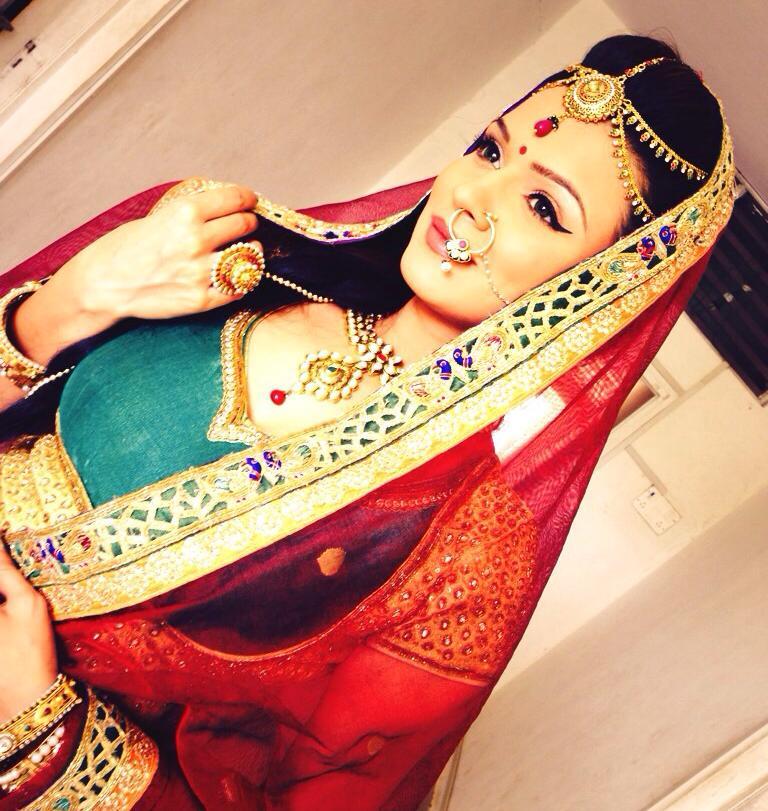 Aashka Goradia Hot Images In Gagra Choli