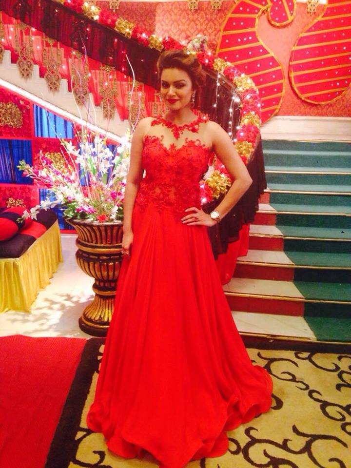 Aashka Goradia Hot Looking In Red Color Gown Pictures