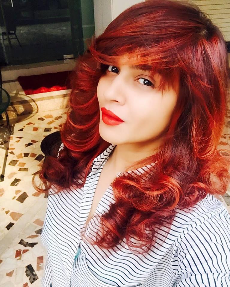 Aashka Goradia New Hair Style Full HD Unseen Pics