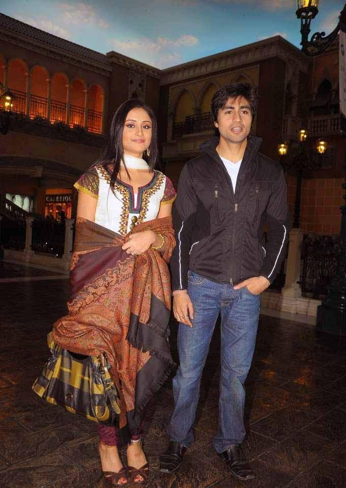 Anupriya Kapoor Hot