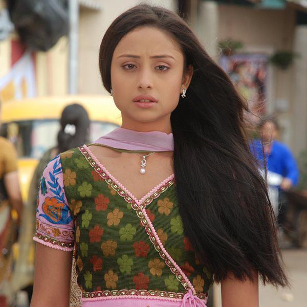 Anupriya Kapoor Imges Free Download