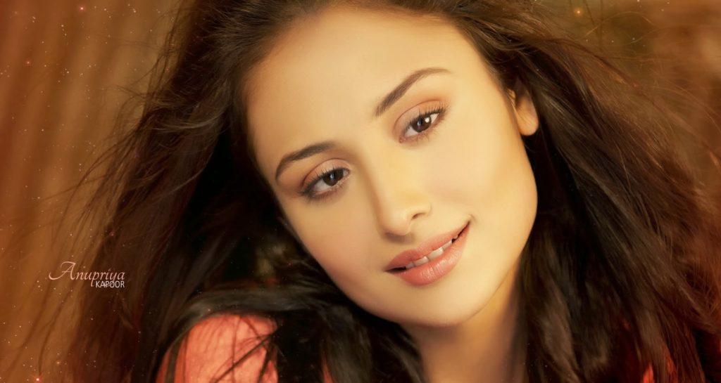 Anupriya Kapoor Pics