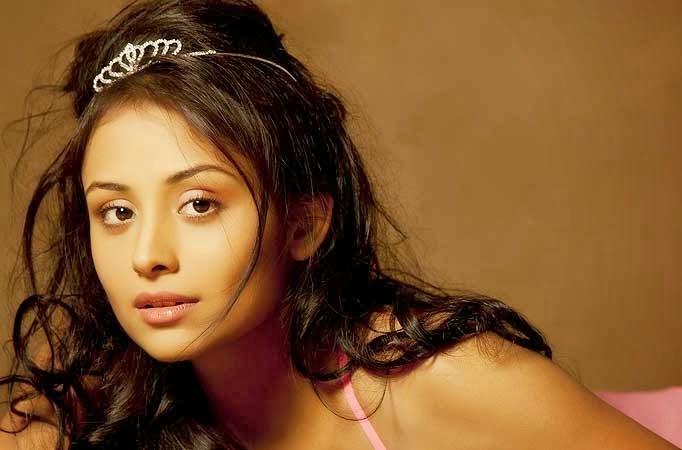 Anupriya Kapoor Pictures
