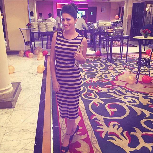 Aparna Dixit Hot & Sexy HD Photoshoot