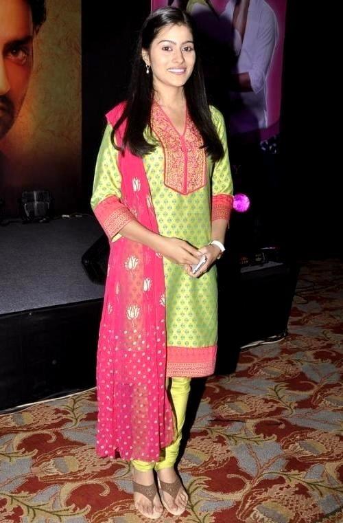 Aparna Dixit In Salwaar Kamiz