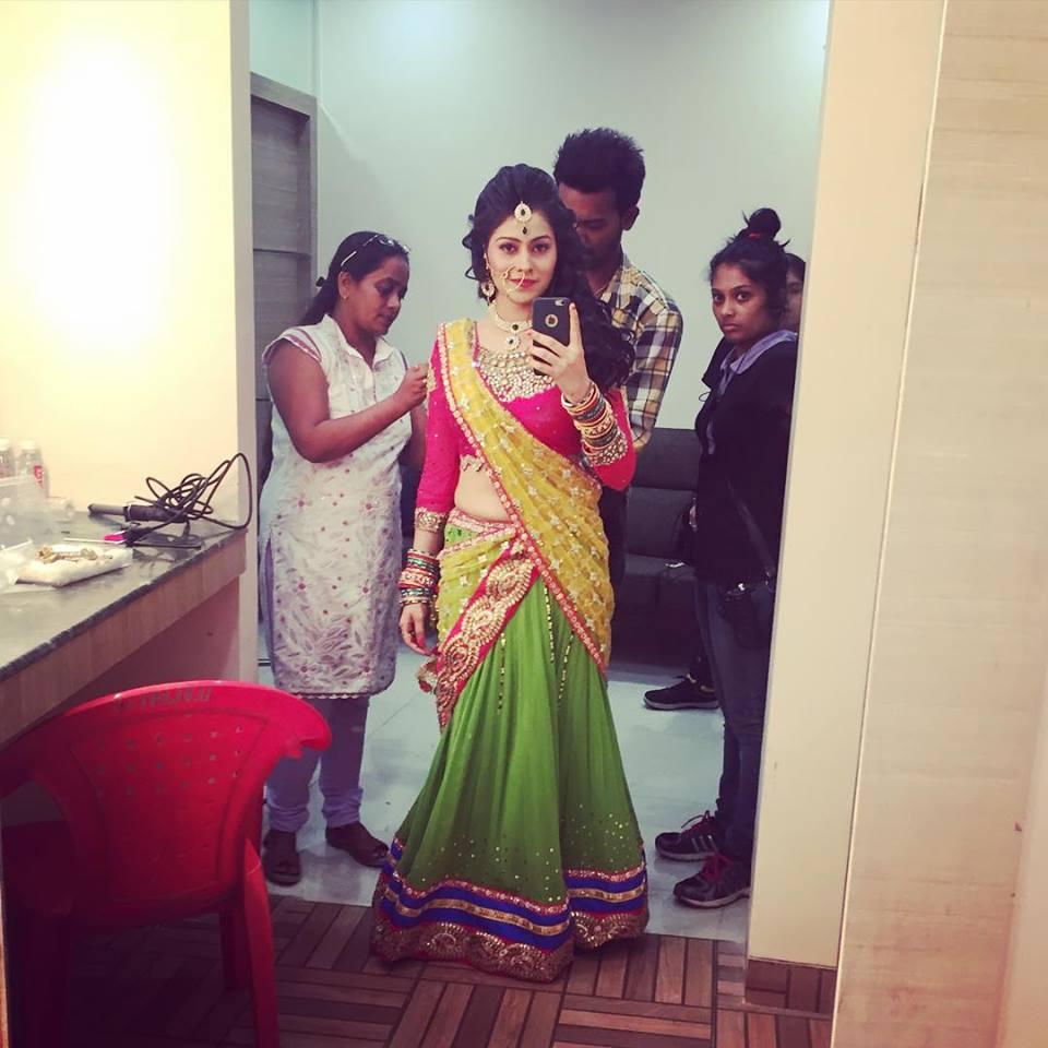 Aparna Dixit Royal Look Pics