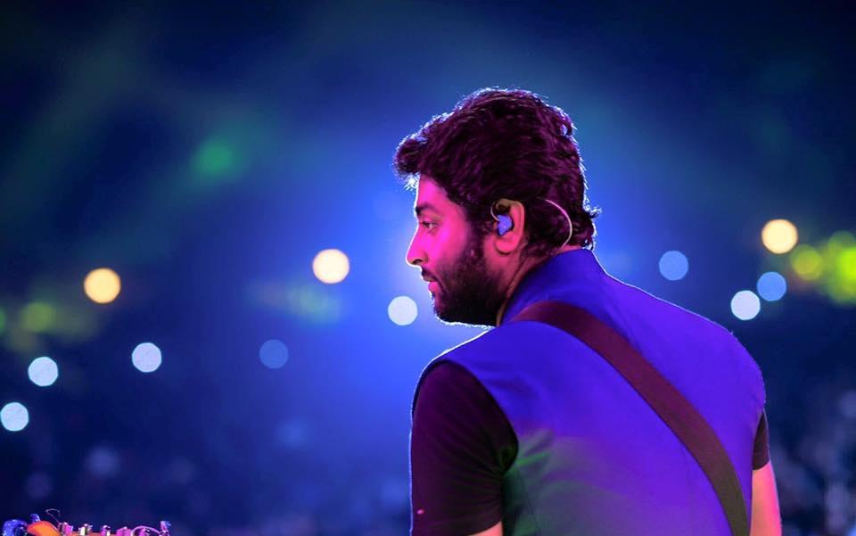 Arijit Singh Backside Pics
