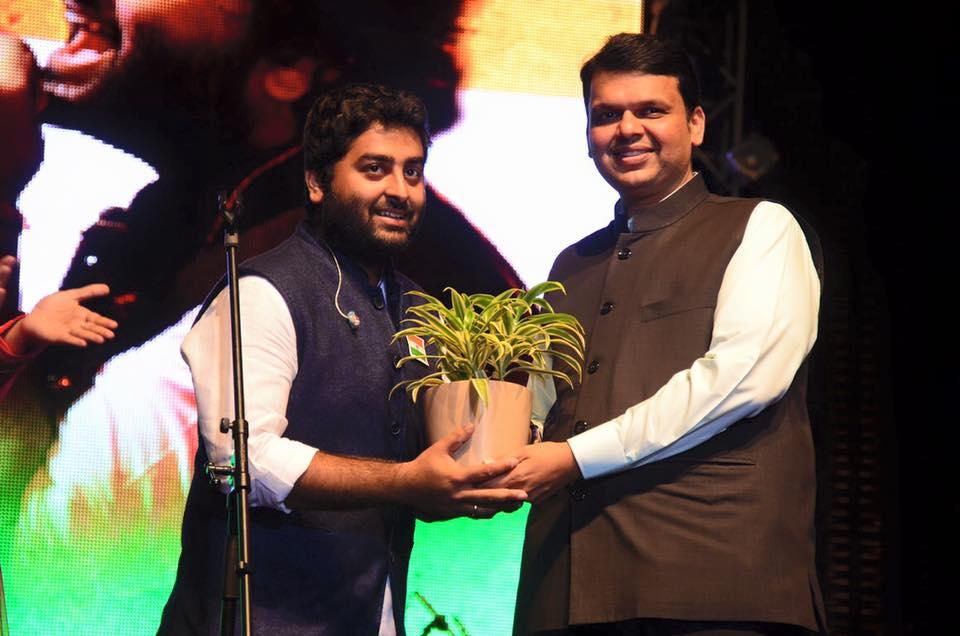 Arijit Singh Photos At Award Show