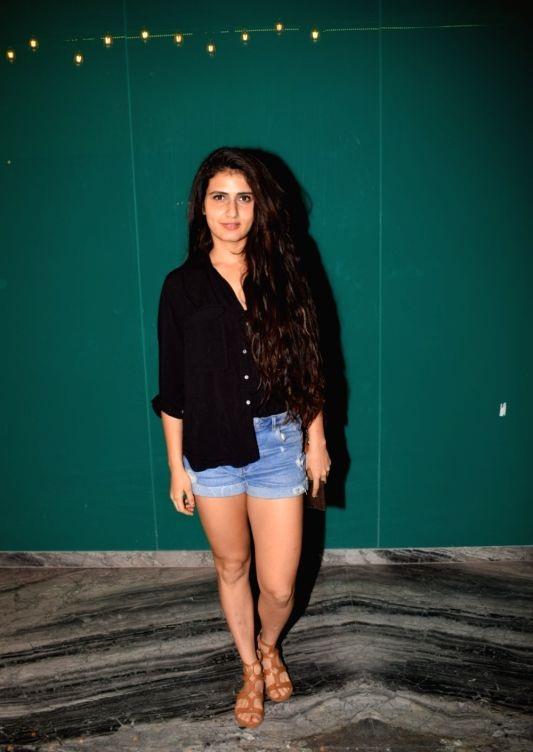 Fatima Sana Shaikh In Shorts HD Pics