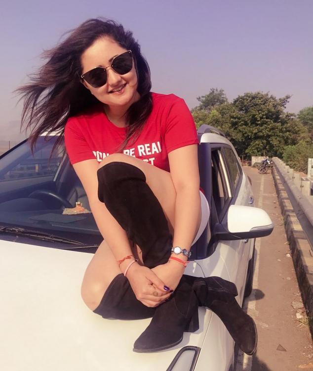 Gorgeous Rashami Desai Pictures