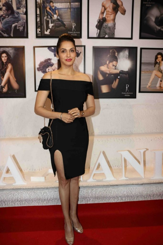 Isha Koppikar In Short Clothes