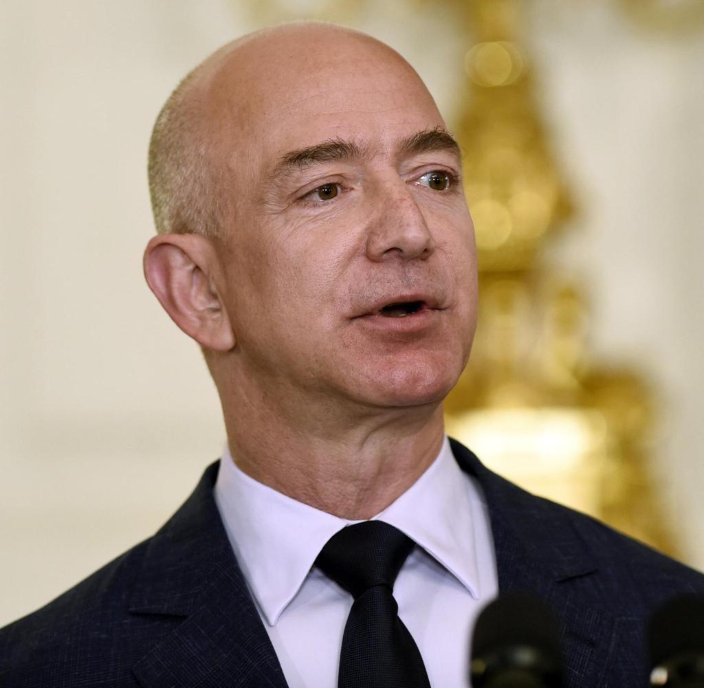 Jeff Bezos Pics Gallery