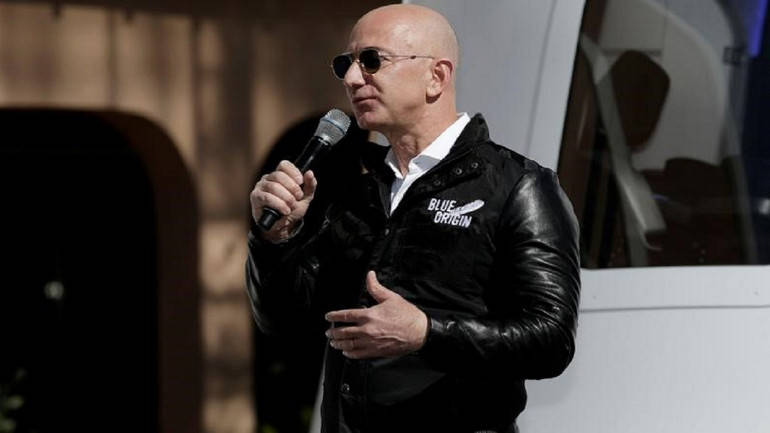 Jeff Bezos Spicy Pics