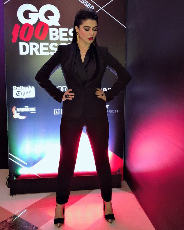 Kainaat Arora Hot At Rampwalk HD Pics