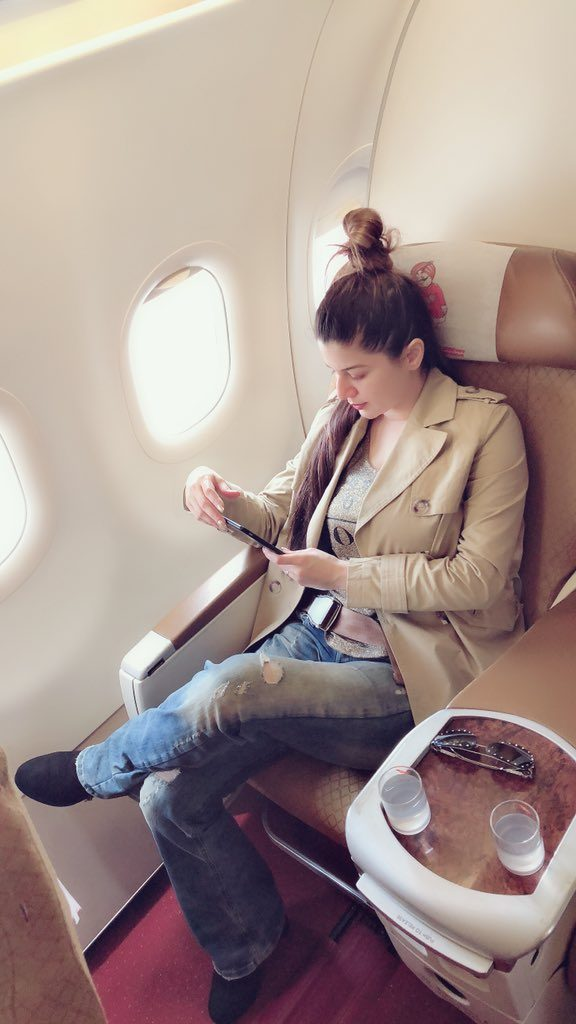 Kainaat Arora Hot Images