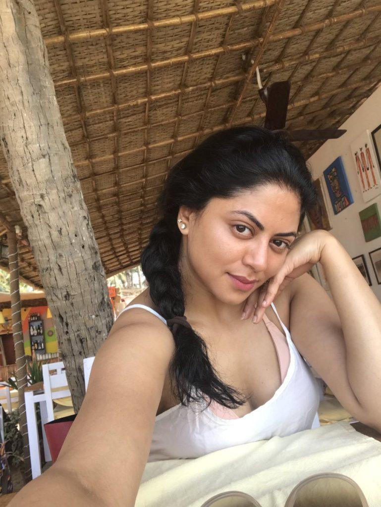 Kavita Kaushik Cute Pics