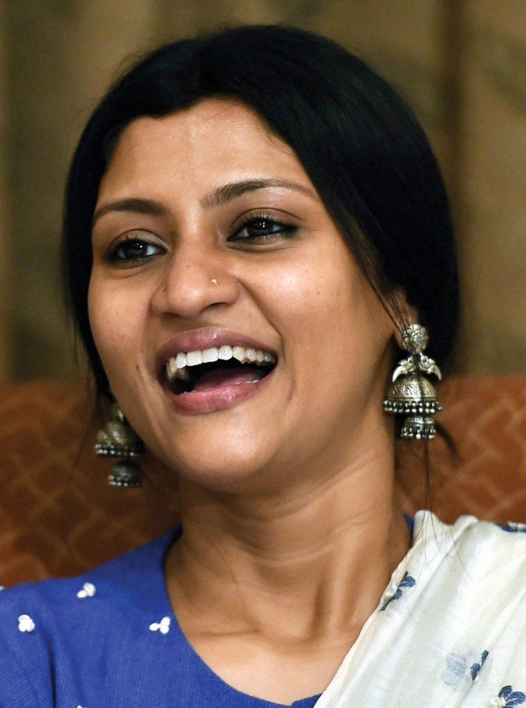 Konkona Sen Sharma Beautiful Smile Images