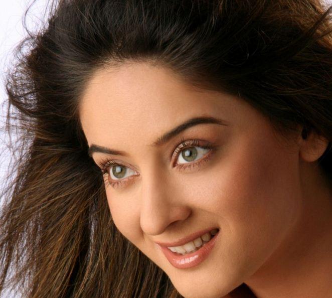 Mahhi Vij Images Download