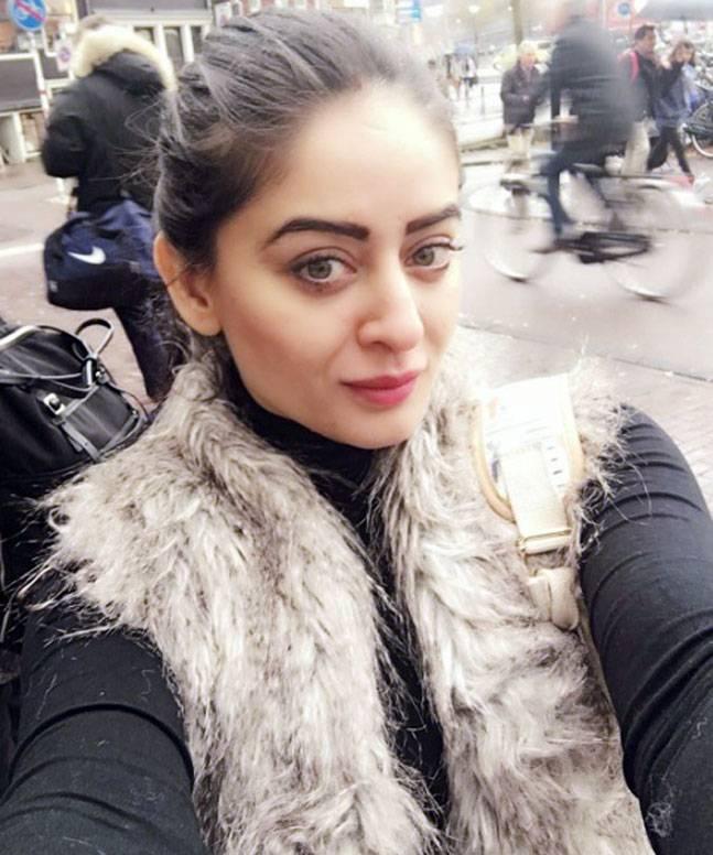 Mahhi Vij Latest Hair Style Photos