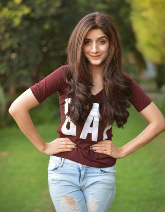 Mawra Hocane Hot Images In Gardan