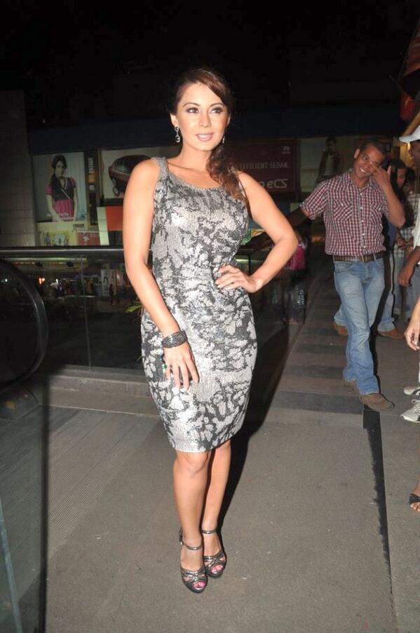 Minissha Lamba Photos In Short Dress
