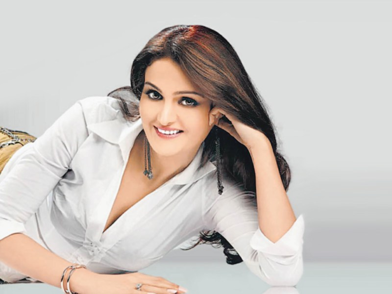 Monica Bedi Hot Wallpapers