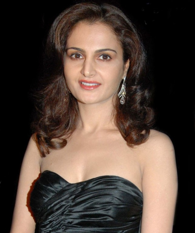 Monica Bedi Sexy Boobs Pics