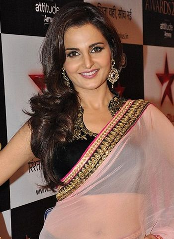 Monica Bedi Sizzling Photos