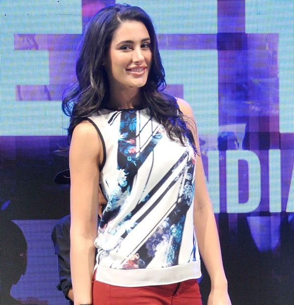 Nargis Fakhri Images In Jeans Top