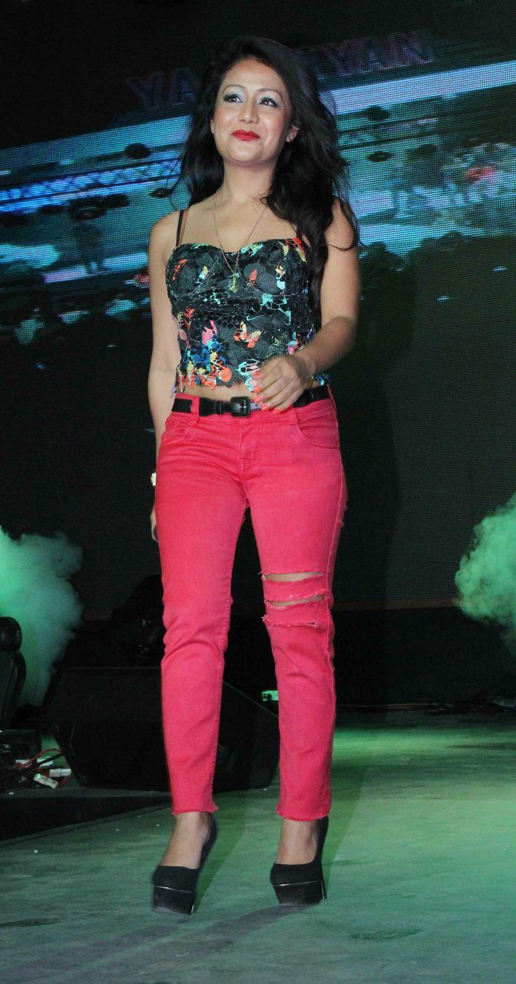 Neha Kakkar Hot Spicy Pictures Downloads Hd Pics