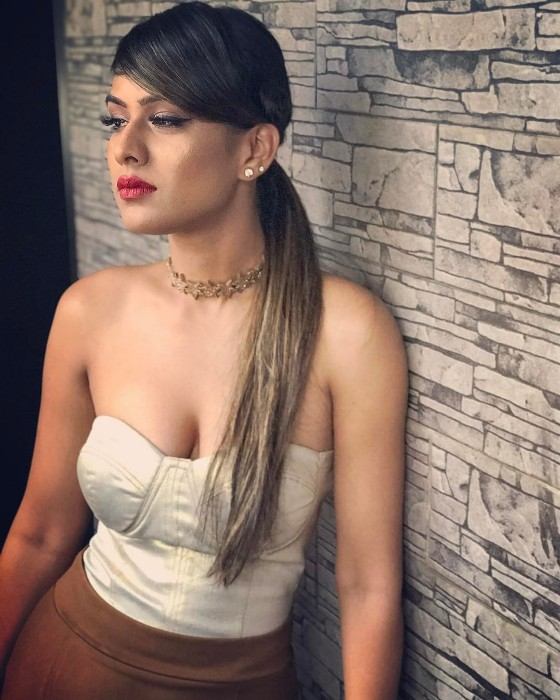 Nia Sharma Sext Boobs Showing Wallpapers