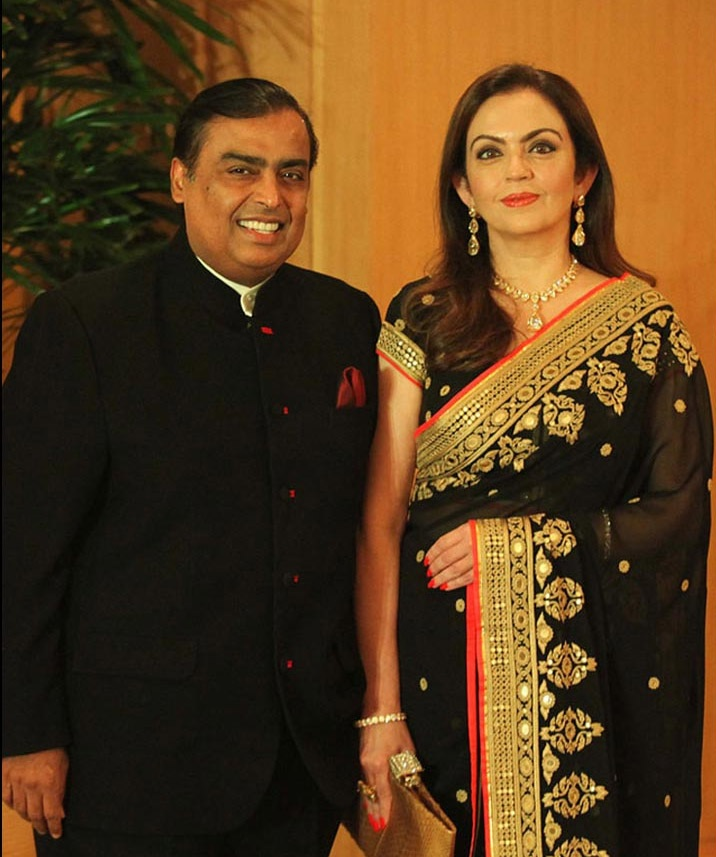 Nita Ambani Latest Pics With Mukesh Ambani