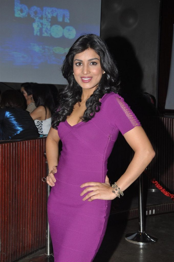 Pallavi Sharda Hot HD Wallpapers