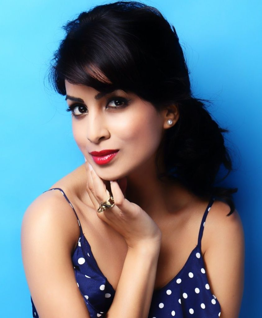 Pallavi Sharda Very Sexy Pics