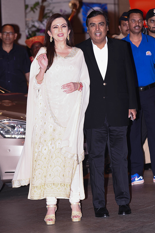 Reliance Foundation Founder Nita Ambani Pics With Husband