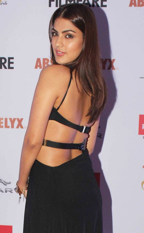 Rhea Chakraborty Hot In Backless Clothes Pictures