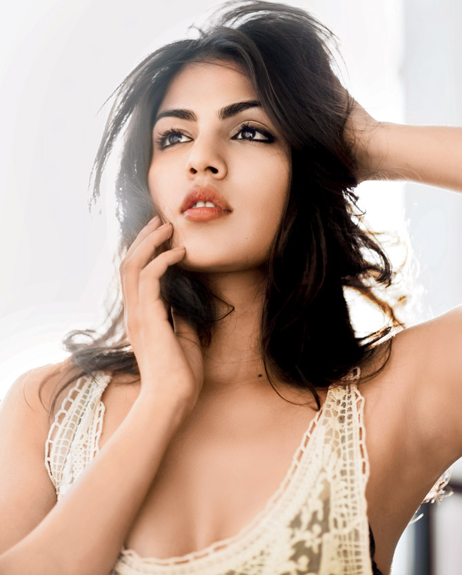 Rhea Chakraborty Hot Pictures